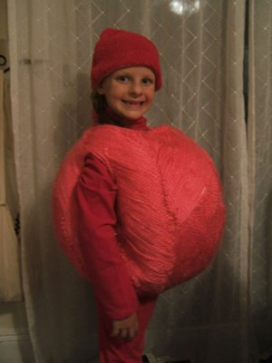 ball of yarn costume  sc 1 st  Craftster : halloween ball costumes  - Germanpascual.Com