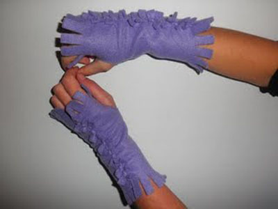 Handmade Gift Ideas: How To Make NoSew Fingerless Gloves | Craftster ...