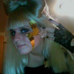 Lady Gaga Blond Hair Bow, Lightening Bolt and Fingerless Gloves Tutorial on Craftster