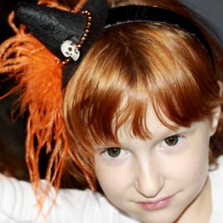halloween_witch_fascinator_by_isewcute_on_craftster
