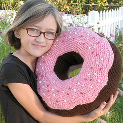 Crochet Donut Pillow : ... donut but don t need a sugar rush why not crochet a giant donut pillow