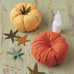 Heirloom-Tomato Pincushions - Step by Step Tutorial