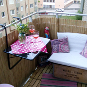 Tiny Balcony Makeover